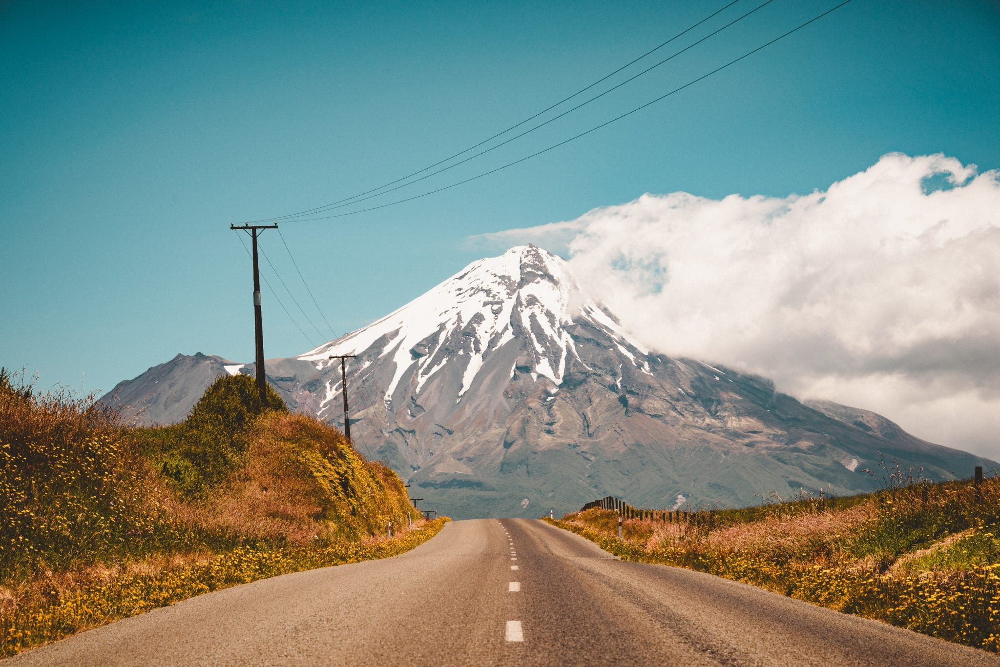 driving up pembroke road towards mount taranaki